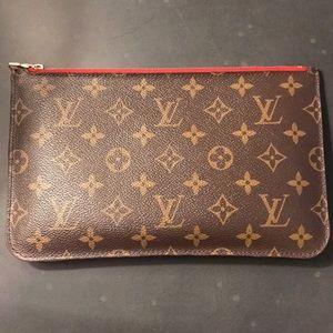 Louis Vuitton neverfull wallet